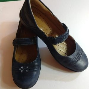 Clarks Unstructured Mary Jane Shoes - 8M - Navy
